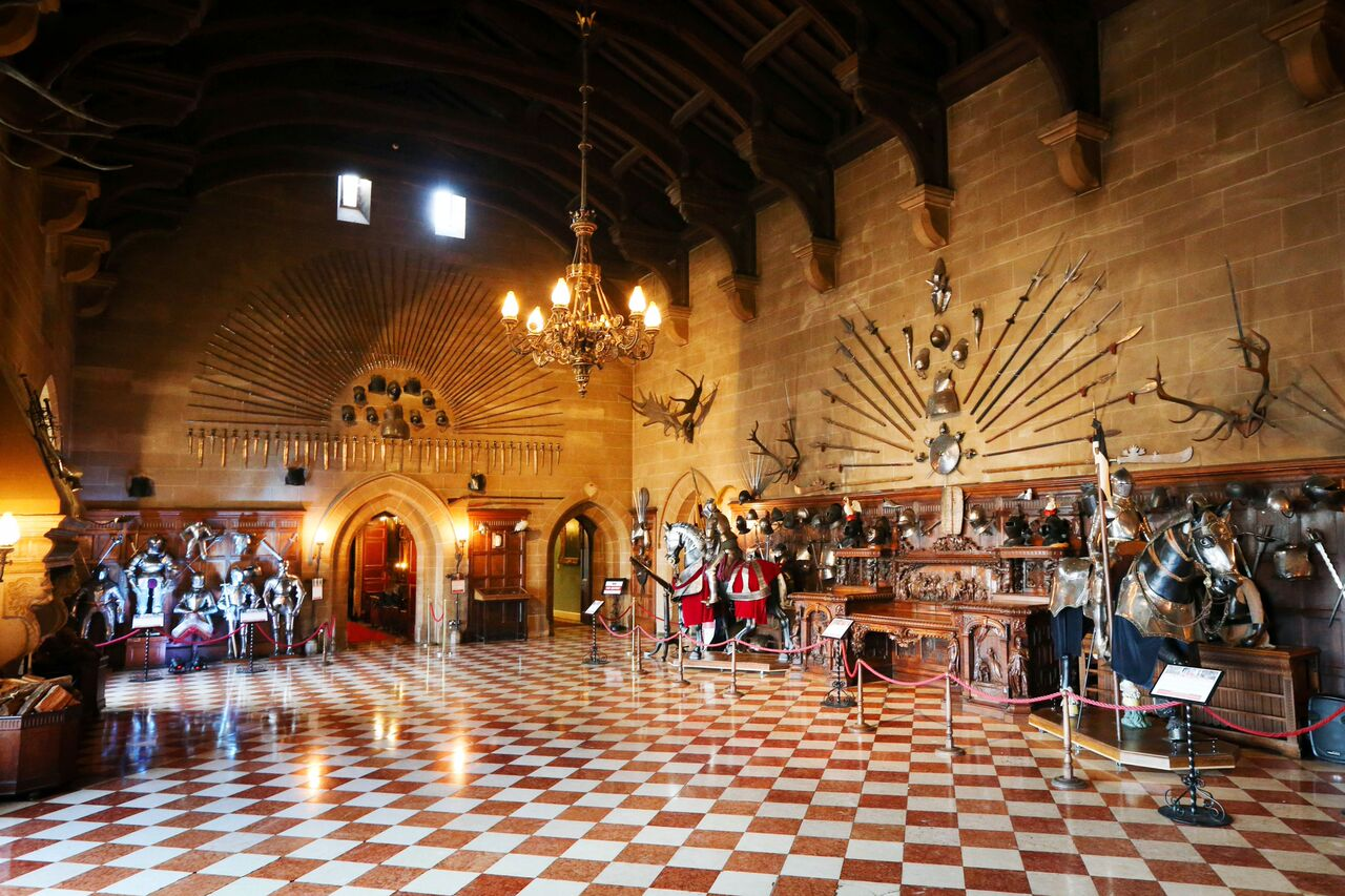 Great Hall Empty (4)