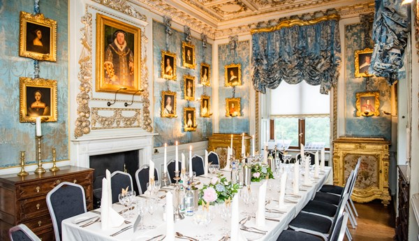 Dining At Warwick Castle, Warwick Castle State Dining Room Set
